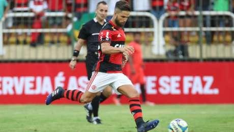 Diego marcou contra o Vasco, de pênalti (Gilvan de Souza / Flamengo)