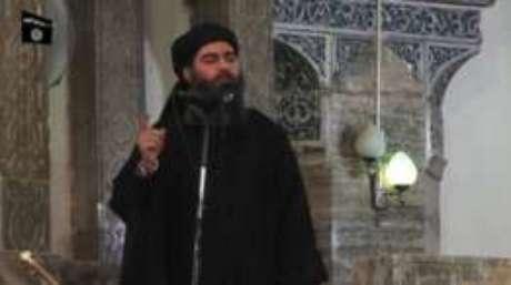"""Curioso sobre vídeos de execuções e sofrendo bullying dos colegas, o garoto se tornou um expert no """"Estado Islâmico"""""""