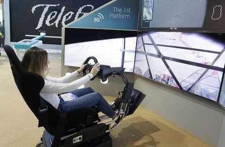 Telefónica y Ericsson hacen la primera demo mundial de conducción remota 5G.