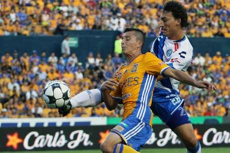 Nico Castillo líder de goleo y Pumas vence a Santos