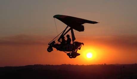 Voo de trike que será mostrado em um episódio do 'Aero'