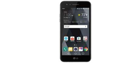 El 10 de marzo de 2017, los clientes de AT&T GoPhone poueden comprar el LG Phoenix 3 por USD 79.99 en línea a través de att.com o en una de las más de 5,000 tiendas de AT&T o vendedores autorizados.