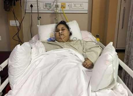 Eman Ahmed Abd El Aty, que chegou a pesar 500 quilos, recupera-se de cirurgia bariátrica em hospital na Índia