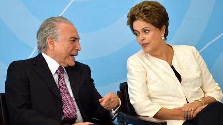 Ministro diz que se deve esperar até o julgamento para examinar separação de contas de Dilma e Temer