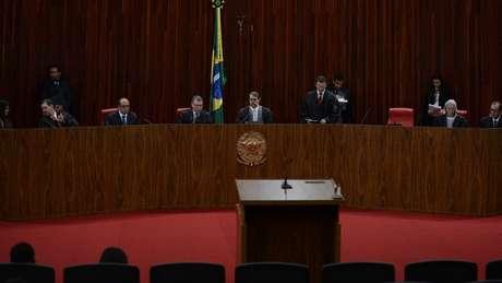Para Gilmar Mendes, incerteza política que pode vir com cassação de Temer não será 'fator decisivo' para votos no TSE