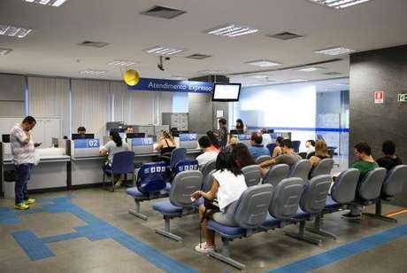 Agências da Caixa abrem das 9h às 15h neste sábado (11) consulta e saque dos recursos das contas inativas do Fundo de Garantia do Tempo de Serviço