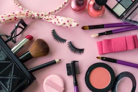 Faça as pazes com sua nécessaire de maquiagem!