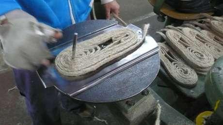 Sandálias já eram produzidas de modo quase sustentável, segundo empresários