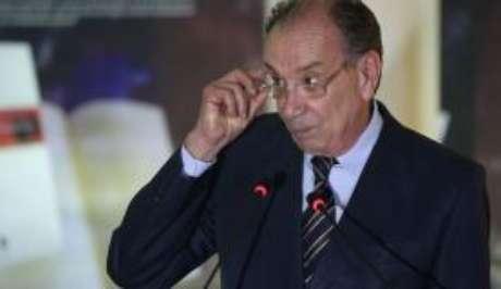 """O ministro das Relações Exteriores, Aloysio Nunes, negou que Aécio tenha sido destituído da presidência do partido e que o PSDB esteja, neste momento, """"desembarcando"""" do governo."""