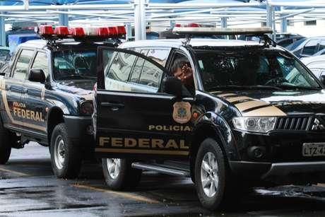 Polícia Federal realiza mais uma etapa da operação Lava Jato que investiga corrupção e pagamento de propina em contratos da linha 4 do Metrô do Rio.