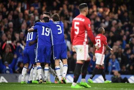 Chelsea venceu o United na última segunda (Foto: Justin TALLIS / AFP)