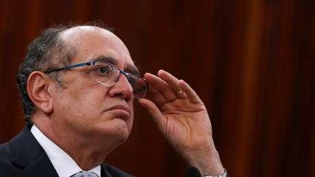 Gilmar Mendes disse à BBC Brasil que é 'absolutamente normal' que candidatos e dirigentes peçam recursos a empresas
