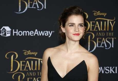"""Emma Watson está em cartaz interpretando Bela no live-action da Disney """"A Bela E A Fera"""""""
