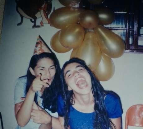 Sônia Moura (à esq.) diz que vive luto diário por não ter conseguido enterrar filha, Eliza (à direita na foto)