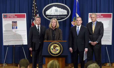 EU acusa a dos espías rusos de hackeo a Yahoo