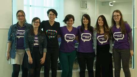 A Women Up Games promove a inclusão de mulheres, tanto jogando, quanto desenvolvendo na indústria do videogame.