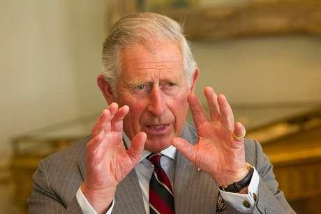 Príncipe Charles, herdeiro da coroa britânica, será proclamado rei no dia seguinte à morte de sua mãe, a Rainha Elizabeth II