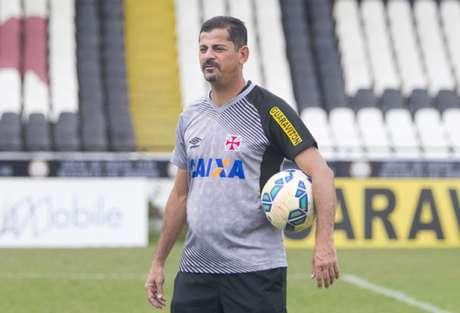 Após eliminação na Copa do Brasil, Vasco demite treinador Cristóvão Borges