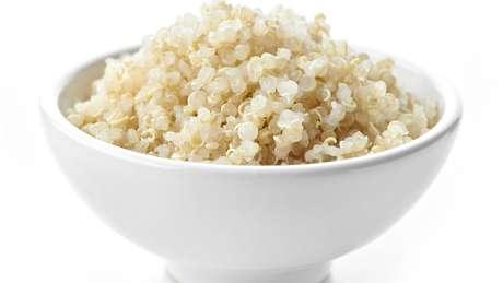 Os pesquisadores buscam resposta para a 'questão da quinoa' : teria a globalização beneficiado de maneira desproporcional populações que já tinham um cardápio privilegiado?