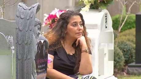 Em entrevista ao jornalista Vic Micolucci, do canal de TV americano WJXT, Darlene Farah defendeu prisão perpétua a Rhodes