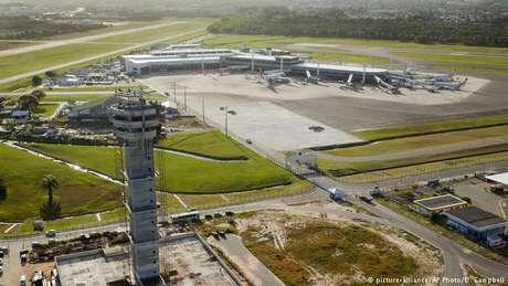 Grupos de fora arrematam quatro aeroportos