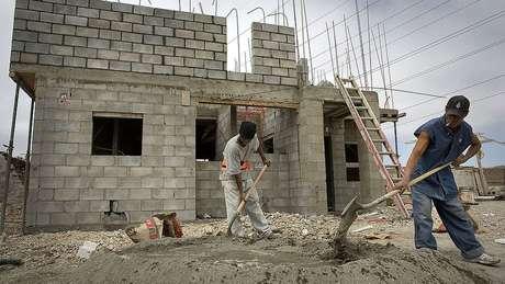 O uso de estruturas prefabricadas pode reduzir postos de trabalho no setor da construção civil