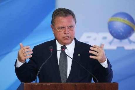 """O ministro da Agricultura, Pecuária e Abastecimento, Blairo Maggi, defendeu o sistema de inspeção agropecuária brasileiro e disse que a fiscalização é """"forte, robusta e séria""""."""