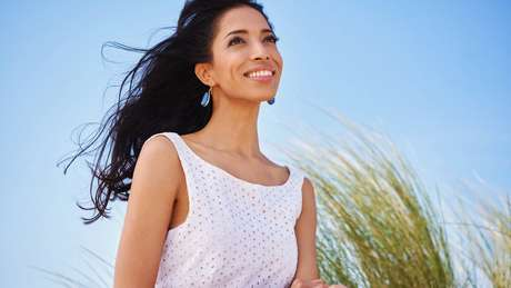 Afegã foi descoberta por agente de modelos numa loja de roupas