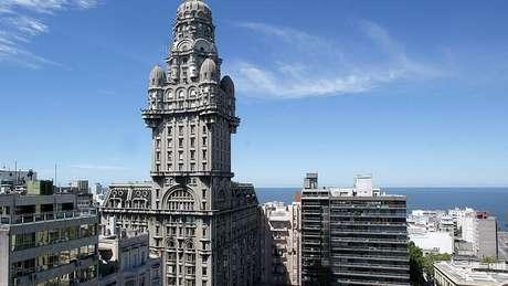 Montevidéu é a melhor colocada da América Latina pela qualidade do ar, acesso a serviços públicos e segurança