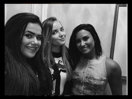 Maisa Silva e Giovanna Chaves encontram Demi Lovato em Nova York!
