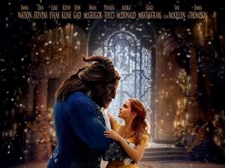 """O filme """"A Bela e a Fera"""", da Disney, arrecada 170 milhões de dólares para a empresa!"""