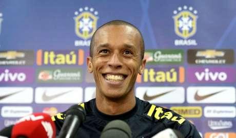 Miranda é titular da Seleção Brasileira (Foto: Pedro Martins / MoWA Press)