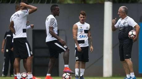 Titulares fizeram treino regenerativo, mas Cleber fez atividade com reservas (Ivan Storti / Santos FC)