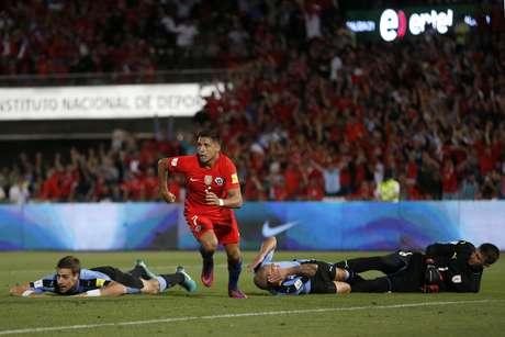 Chile respira: Alexis y Medel llegarían bien para enfrentar a Argentina