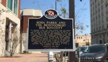 Biblioteca Rosa Parks