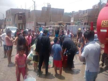 El general PNP contó que estuvo en Huarmey liderando las acciones, pero que ahora se encuentra en Trujillo coordinando más ayuda.