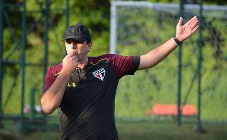 Após deixar os campos, Rogério Ceni fez um curso para treinadores na Inglaterra e, em seguida, assumiu o São Paulo, sem nenhuma experiência prévia como técnico