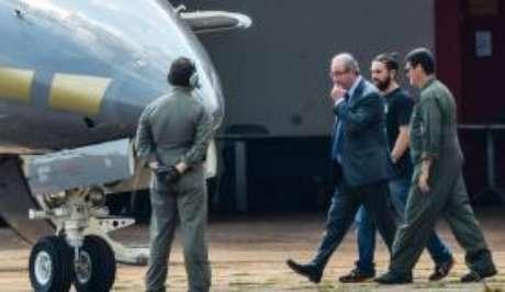 """Eduardo Cunha ameaça processar Record por livro com seu nome"""""""