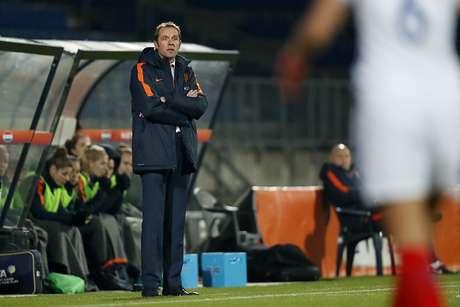 Danny Blind, destituído con Holanda tras la derrota ante Bulgaria