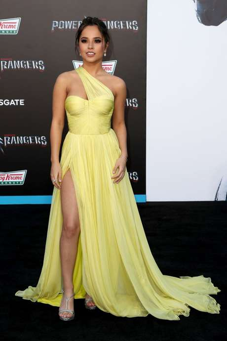 Becky G es lesbiana en 'Power Rangers'.