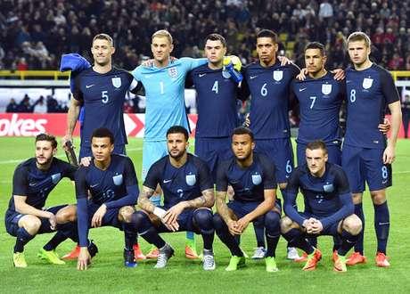 Inglaterra derrotó a Lituania, de Jankauskas