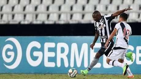 Sassá pode começar a partida contra a Portuguesa entre os titulares (Vitor Silva/SSPress/Botafogo)