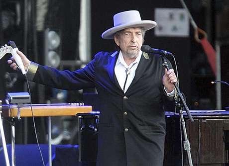 Bob Dylan recibirá premio Nobel sin ceremonias