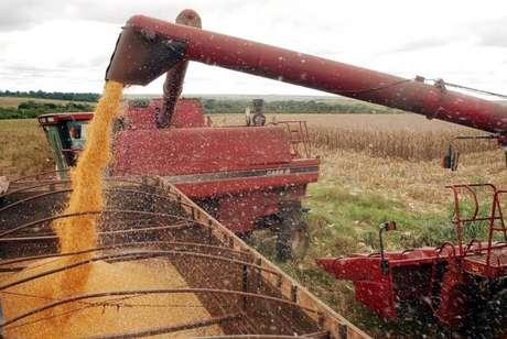 Relatório do Banco Central diz que economia crescerá 0,5% este ano, mas a agricultura terá expansão de 6,4%