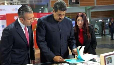 Oposição diz que é a primeira vez que Nicolás Maduro toma todo o poder na Venezuela