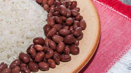 Atala defende que a combinação de arroz e feijão não é o alimento mais popular do país