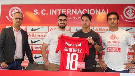 Volante Gutiérrez usará a camisa 18 (Foto:Divulgação)