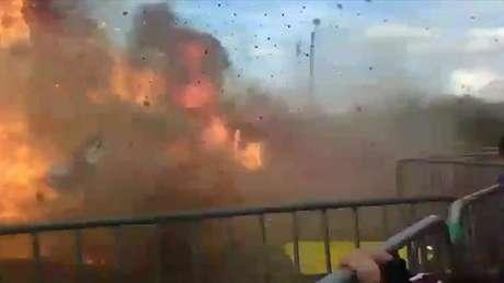 Pelo menos 18 pessoas ficaram feridas durante o acendimento de uma fogueira no norte da França.