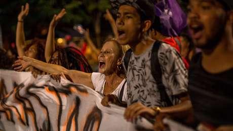 Brasileiros protestam em São Paulo contra reformas trabalhista e da Previdência propostas pelo governo.