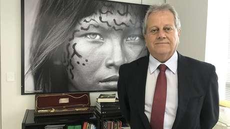 """Novo chefe da Funai diz que povos indígens devem se inserir no """"sistema produtivo"""" nacional"""